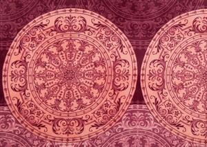 Dreamtex Mikrofaser-Flauschdecke, 150 x 200 cm, Ornament Bordeaux/Rosa