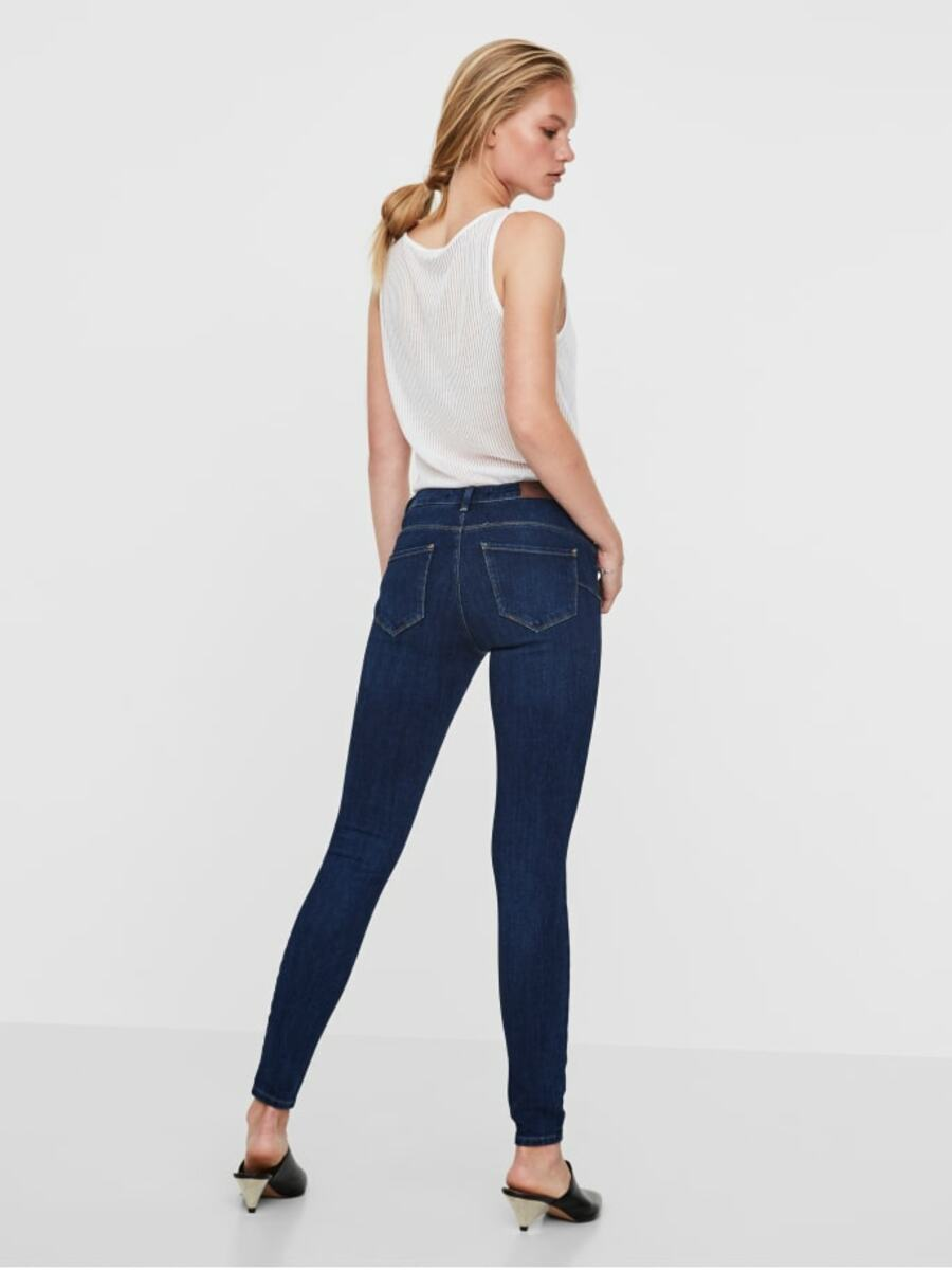 Bild 2 von VMICON NORMAL WAIST PUSH-UP SKINNY FIT JEANS