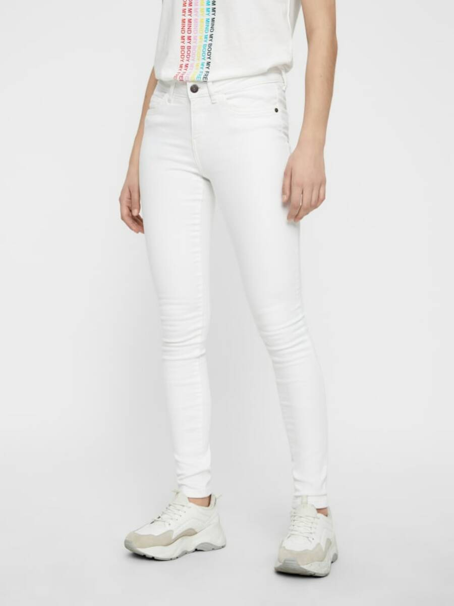 Bild 1 von NMLUCY NORMAL WAIST SKINNY FIT JEANS