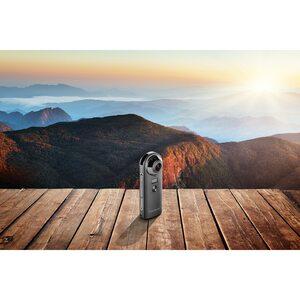 MEDION 360° Kamera P47190 inkl. VR-Headset X83070, 20 MP CMOS Sensor, 2 x 190° Weitwinkelobjektiv, WLAN, Bluetooth® 4.2, integr. Mikrofon & Li-Ion Akku