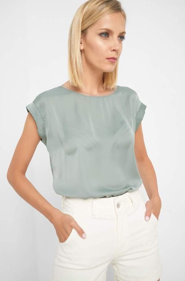 Shirt mit Zierborte