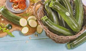 demeter oder Biokreis Bio-Zucchini