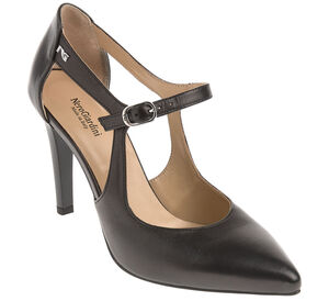 NeroGiardini Pumps
