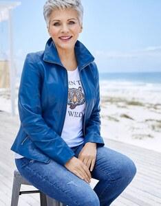 Birgit Schrowange - Jeans mit Destroyed-Effekten