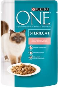 One Cat Sterilcat zarte Stückchen in Soße mit Lachs und Karotten 85 g