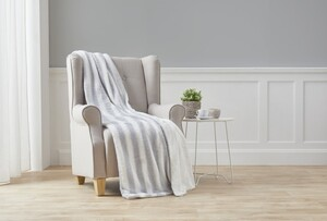 Dreamtex Kuscheldecke Fuzzy ca. 130x170cm Greywhite Pullover