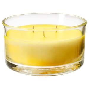 FOLKRIK                                Duftkerze im Glas, 3 Dochte, Erfrischungsgetränk, gelb