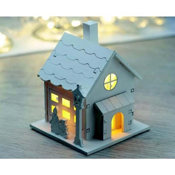 LED-Holzhäuschen weiß