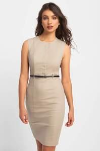 Bodycon-Kleid mit Gürtel