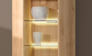 Beleuchtung für Wohnwand