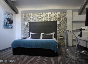 Kurzreise Paris West 3 Tage für 2 Personen Komfort Hotel Le Dauphin Gutschein mit Frühstück - Versand per E-Mail