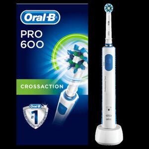 Oral-B Elektrische Zahnbürste PRO 600 Cross Action, blau/weiß