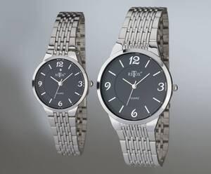 Damen und Herren Uhren Set, schwarzes Zifferblatt und Swarowski Kristall auf der Damenuhr Retox