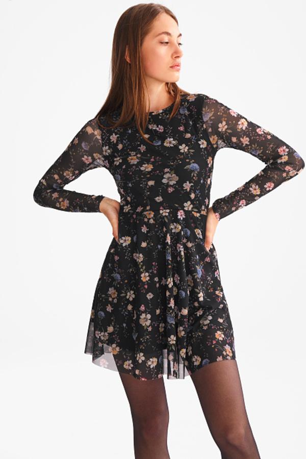 Kleid von C&A ansehen!