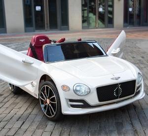 Bentley Continental Cabrio Elektro Kinderauto Kinderfahrzeug / Ledersitz / 2 x 390 Motor / 2 x 6V4AH Akku / Weiß-Metallic