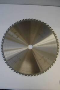 Hartmetall- Kreissägeblätter in verschiedenen Abmessungen und Größen Westfalia