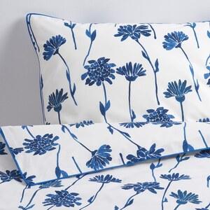 FINNOXEL                                Bettwäscheset, 2-teilig, weiß, blau Blume, 140x200/80x80 cm