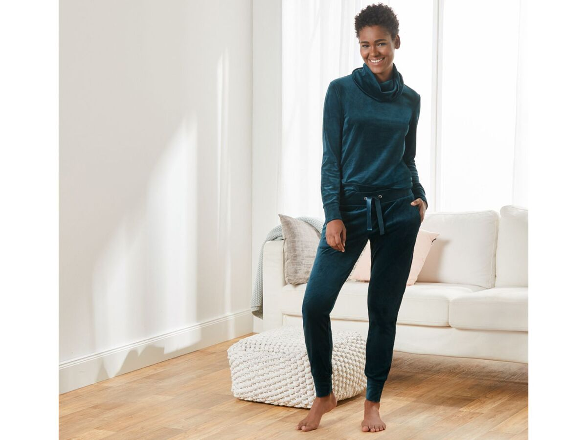 Bild 3 von ESMARA® Jogginganzug, Nicki-Qualität, Hose mit Bindeband, mit Stehkragen oder Kapuze