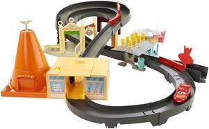Disney Cars Radiator Springs Rennset