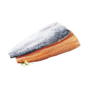 Frisches Lachsfilet vakuumverpackt,Aquakultur, Nordostatlantik, mit Haut,  jede 1-kg-Seite