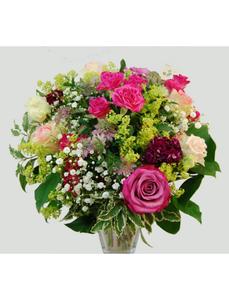 Blumenstrauß mit saisonalen Blumen in rosa, Ø 32–36 cm