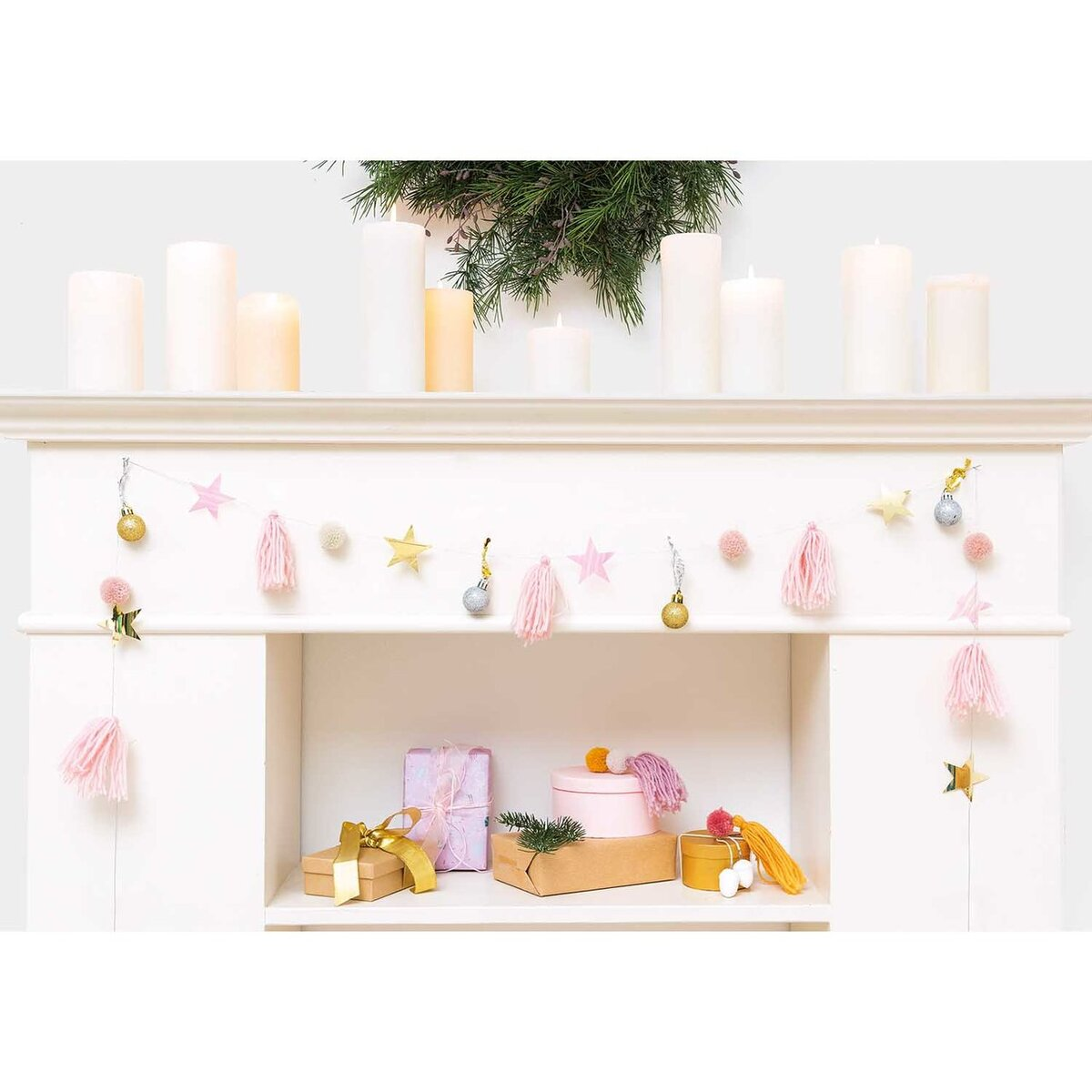 Bild 3 von YEY! Let's Party Quasten-Girlande rosa-pastell 2,2m
