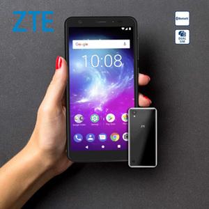 "Smartphone Blade™ A5 2019 · 2 Kameras (13 MP/8 MP) · 1-GB-RAM, 16-GB-interner Speicher · microSD™-Slot bis zu 256 GB · nanoSIM · Android™ 9 (Go Edition), Bildschirmdiagonale: 5,4""/13,8 cm"