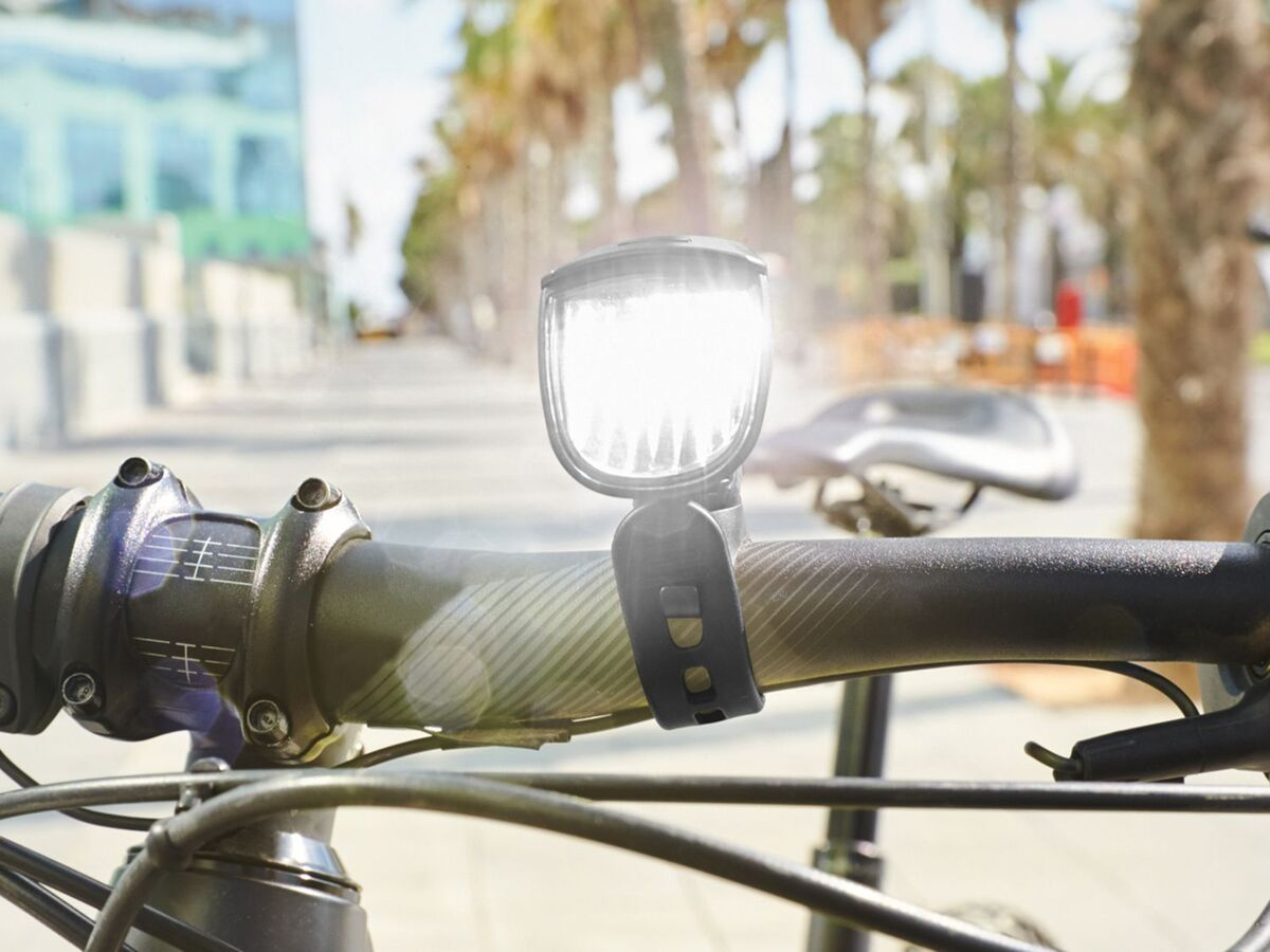 Bild 2 von CRIVIT® LED Fahrradbeleuchtung, 2-teilig, Akku-Frontlicht mit Automatik-Funktion