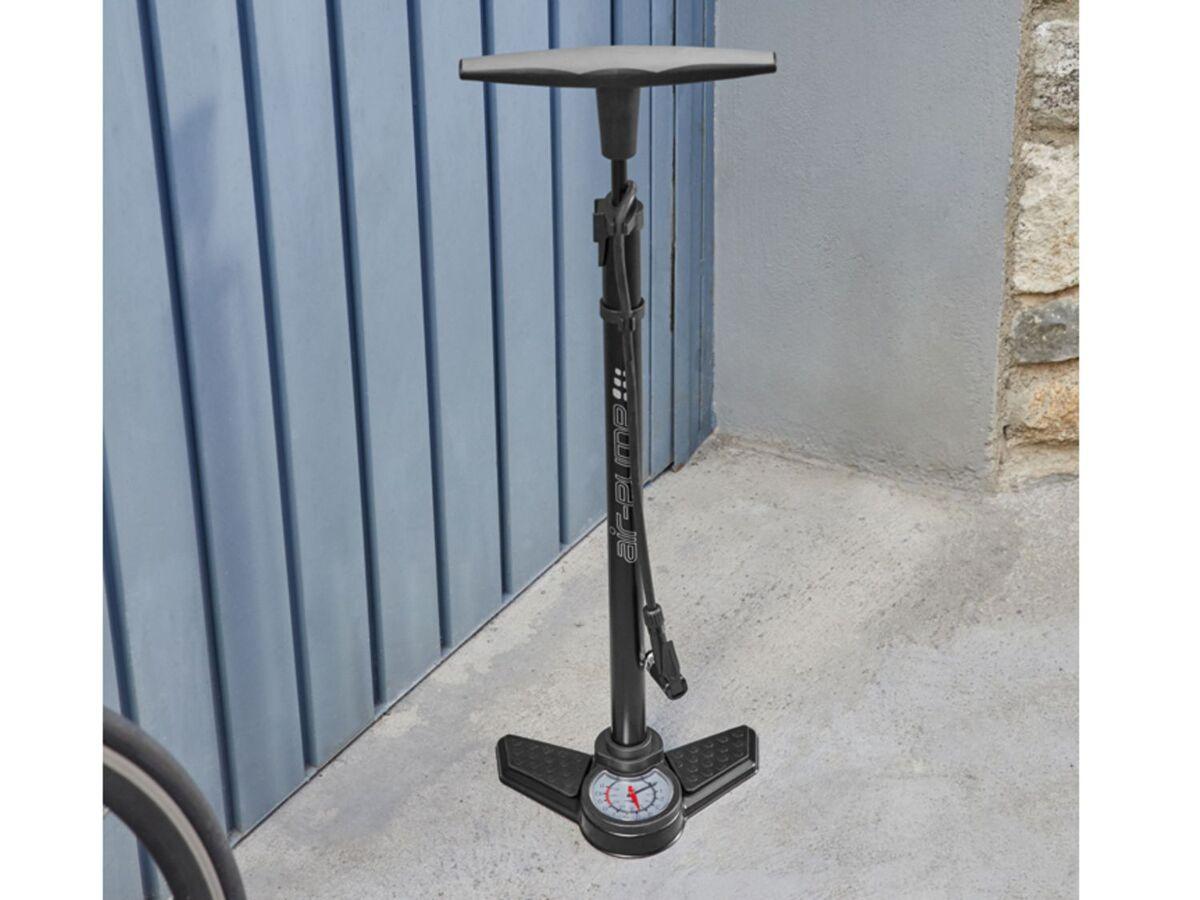 Bild 2 von CRIVIT® Standluftpumpe, mit Manometer, für alle gängigen Ventilarten