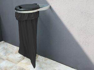 Grasekamp Müllsackhalterung