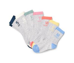 7 Paar Socken mit Wochentagen