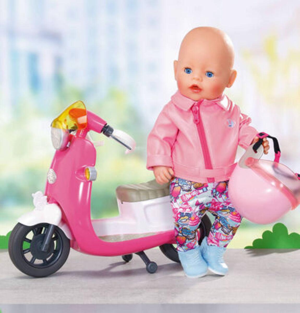 Bild 4 von Zapf Creation® BABY born®City Deluxe Scooter Outfit