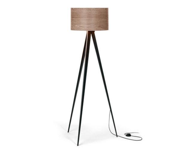 Stehleuchte »Dreibein« mit Holzschirm von Tchibo für 129 € ansehen