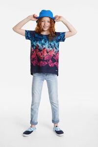 T-Shirt mit bunten Schmetterlingen