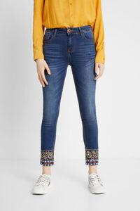 Jeans Slim Cut