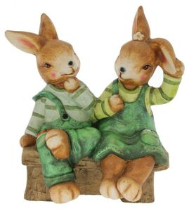Dekohasen - Hasenpärchen auf Bank - aus Magnesia