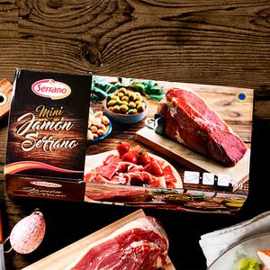 Serrano Schinken im Geschenkkarton, mit Bock und Messer, je 1 kg