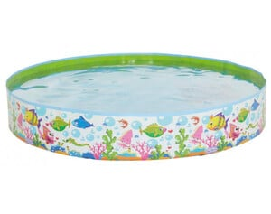 Steilwand-Pool im Ocean-Design