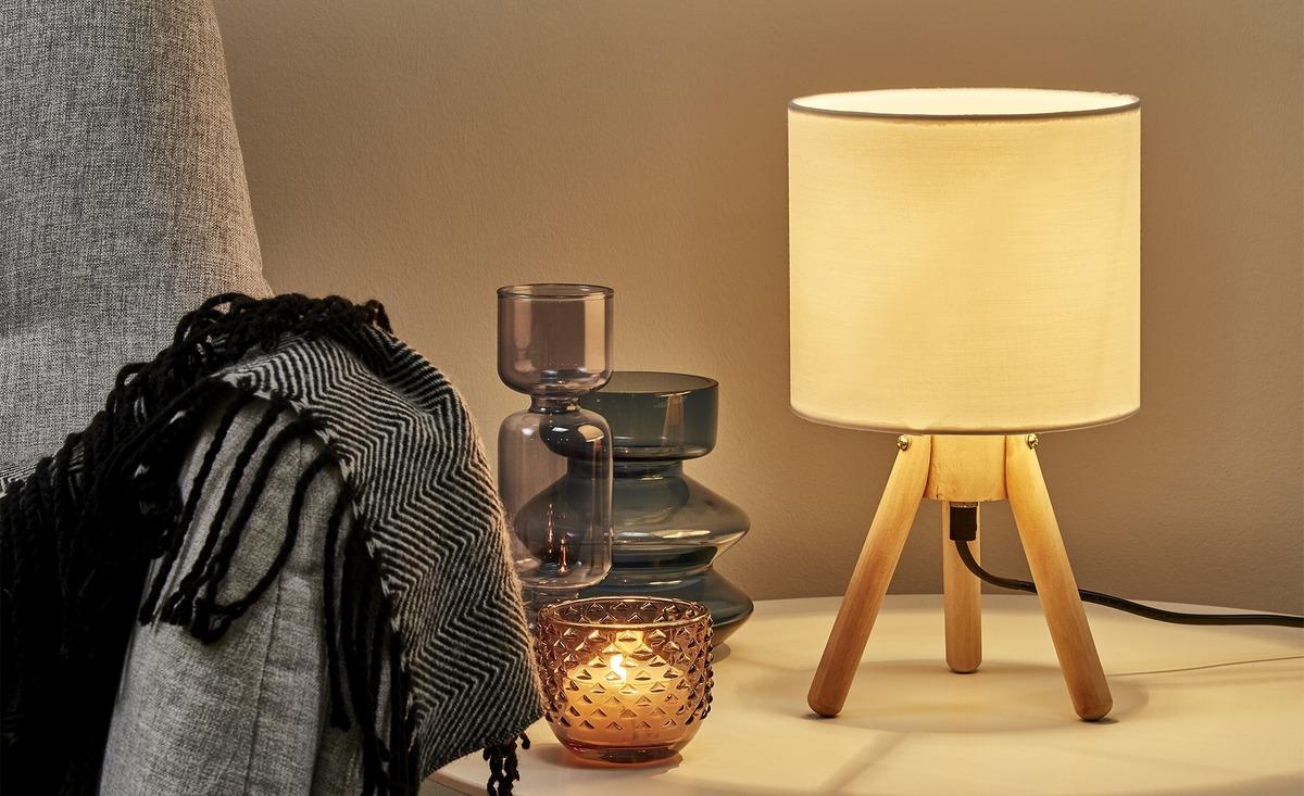 Bild 2 von Tischleuchte, 1-flammig, Stoffschirm weiß
