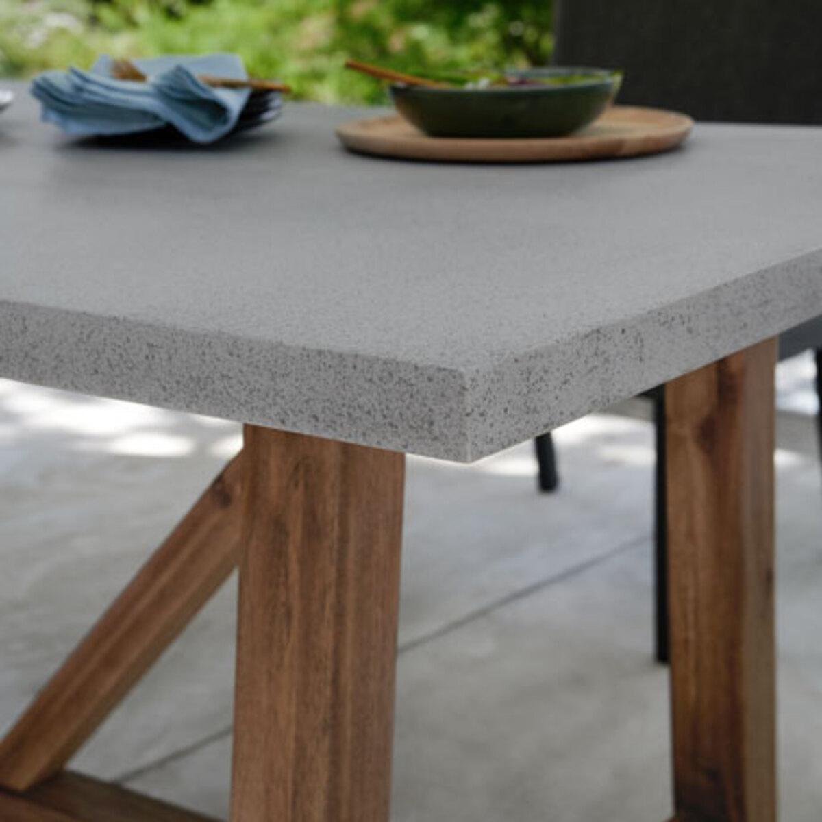 Bild 5 von Gartentisch in Betonoptik