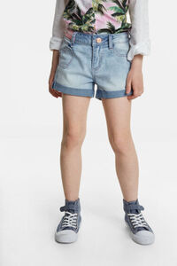 Kurze Jeans-Shorts mit Herz