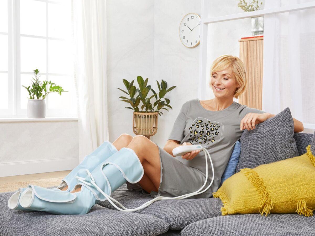 Bild 2 von SANITAS Venen-Massagegerät, 2 Beinmanschetten mit Klettverschluss, inklusive Tasche
