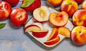 Nektarinen oder Pfirsiche