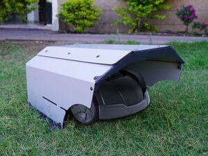 Palram Mähroboter Garage, Unterstand aus recyceltem Kunststoff für Rasenmähroboter