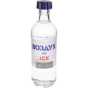 """Aromatisierter Vodka """"Wosduch"""" mit Hauch von Minze"""