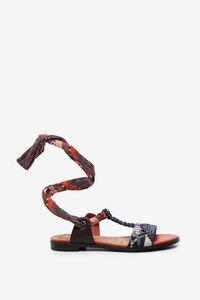 Ethno-Sandalen mit Tuch