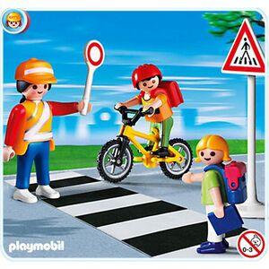 Playmobil Schulweghelferin mit Kindern