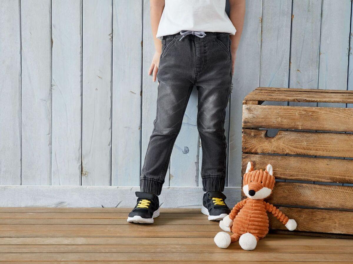 Bild 3 von LUPILU® Kleinkinder Sweathose Jungen, in Jeans-Optik, mit Gummizugbund, mit Baumwolle