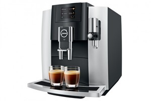 JURA Kaffeevollautomat E8 Platin