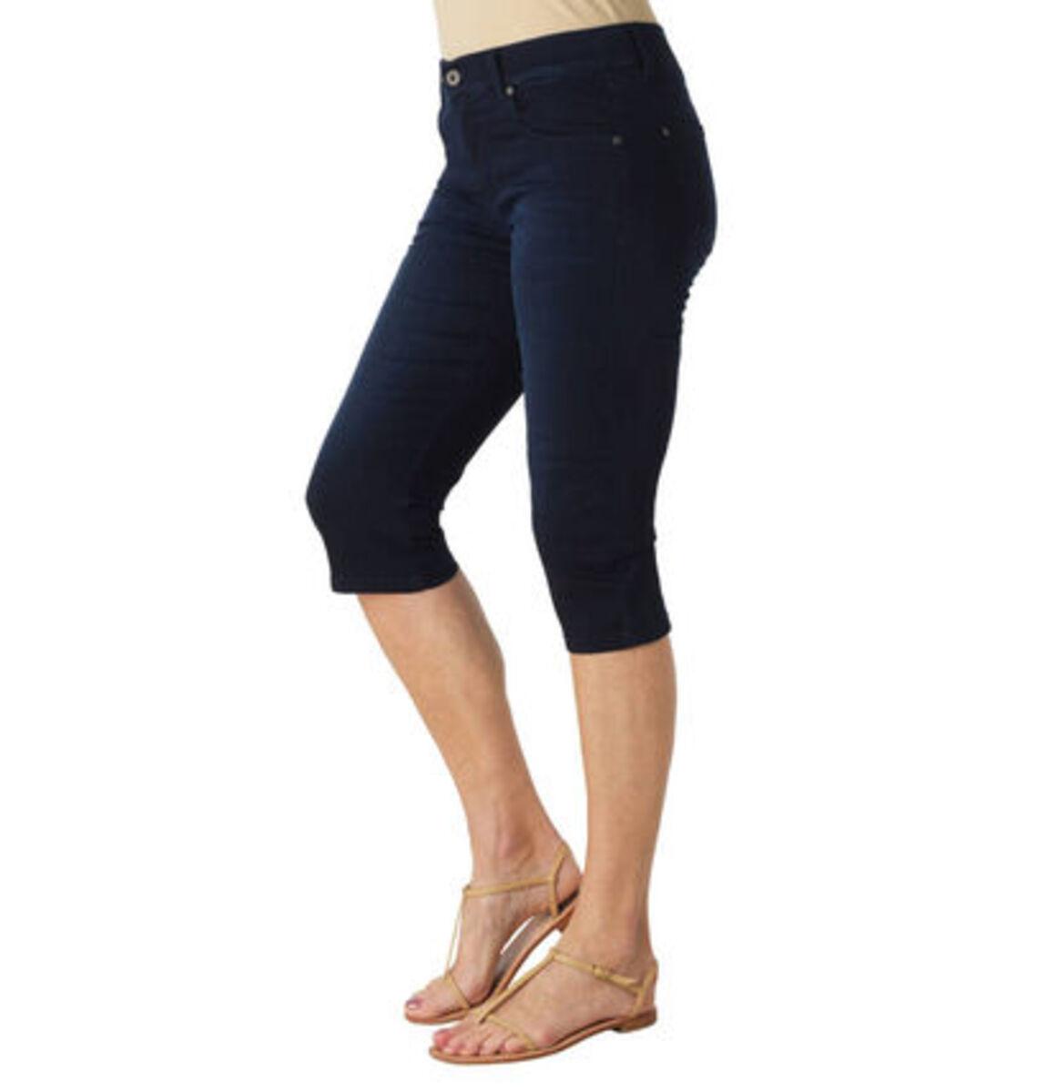 """Bild 2 von Angels Jeans """"Anacapri"""", Capri-Stil, dezente Waschung, Label-Patch"""